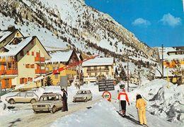 """8658 """"CLAVIERE-CONFINE ITALO FRANCESE""""ANIMATA-CARABINIERE-AUTO ANNI '70-CARTOLINA POSTALE ORIGINALE NON SPED. - Teramo"""