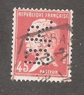 Perforé/perfin/lochung France No 175  B.R. Banque Du Rhin - France