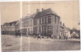 Dépt 59 - CASSEL - Rue De Lille Et Entrée Rue Du Moulin - Animée, Estaminet Du Nord - Cassel