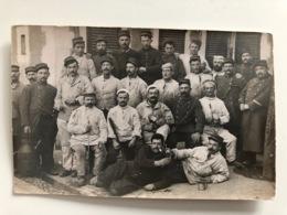 Foto Ak Group Soldats Francais Regiment 131 - Uniformi