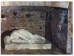 (C 13) Italy - Catacombe Di S Calisto - Funerales