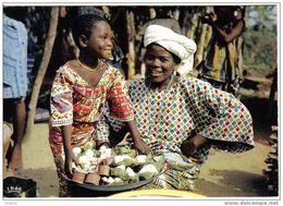 Carte Postale  Afrique Sourire D'Afrique Scène De Marché Hoa-Qui N° 5021 - Postcards