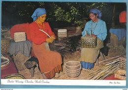 Carte Postale Etats-Unis  Indiens Cherokee  Basket Weaving  Très Beau Plan - Etats-Unis