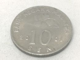 Moneda 2001. 10 Sen. Malasia. KM 51. MBC - Malaysie