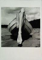 Arno Rafael Minkkinen  Autoportrait Kuusamo  Finlande Barque Jambe - Illustrateurs & Photographes