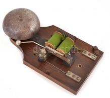 Régi Egyedi Csengő, Fa Talapzaton, Jó állapotban, Működik, 18x10 Cm - Autres Collections