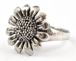 Ezüst(Ag) Virágos Gyűrű, Jelzett, Méret: 50, Nettó: 3 G - Bijoux & Horlogerie