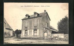 CPA Blandouet, Mairie Et École - France