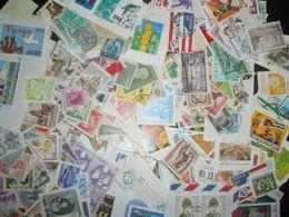 Timbres Collection , Environ 80 Gr Timbres Obliteres Tout Pays - Briefmarken
