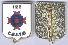 Insigne Du Centre D'Entrainement De L'Infanterie Au Tir Opérationnel Du 122e Régiment D'Infanterie - Armée De Terre