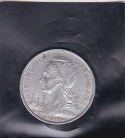 Pièce De Monnaie REUNION - République Française De 5 Fs De 1955 - Argus. Monnaies Du Monde De J.L. THIMONIER (A Voir) - Réunion