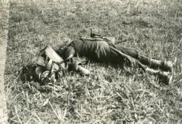 PHOTO FRANÇAISE - CADAVRE DE SOLDAT FRANCAIS A NOGEON  PRES DE REEZ FOSSE SAINT MARTIN PRES DE BETZ - OISE 1914 1918 - 1914-18