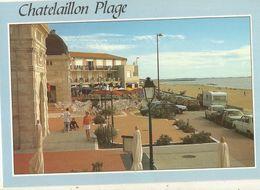 CPM, D.17, N°02730 ,Chatelaillon Plage  , Les Terrasses Du Casino Et La Plage ,Ed. Pierron - Châtelaillon-Plage