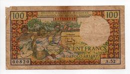 - Billet MADAGASCAR - 100 FRANCS INSTITUT D'ÉMISSION MALGACHE - ROAPOLO ARIARY - - Madagascar