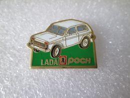PIN'S   LADA  NIVA  POCH - Pin's
