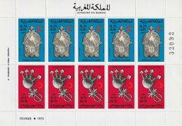 MAROC - Feuille N°723/4A **  Paire Tête-bêche (1975) Croissant Rouge - Bijoux - - Maroc (1956-...)