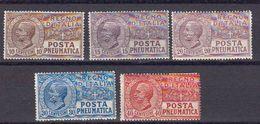 Italie 1913 Et 1921 Timbres Pour Pneumatiques Yvert 1 / 5 * Neufs Avec Charniere. - 1900-44 Victor Emmanuel III.