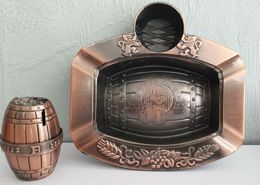 Briquet + Cendrier Rechargeable, Forme De Bière En Métal  Bronze* Marque Dora Lighters *  Année 1998 Neuf - Métal