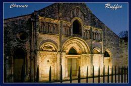 Dep 16 , Cpm RUFFEC , 16618 , Illuminations Nocturnes Sur Le Portail De L'Eglise Romane Saint André  (22302) - Ruffec