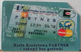 PO110 - POLONIA - POLSKA , URMET - 25 -  MASTERCARD CARTA CREDITO BANK POLSKA KASA OPIEKI SA - Pologne