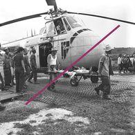 Photo Guerre Indochine  Transfert Des Blessés De Diên Biên Phu (Tonkin) à Luang Prabang (Laos) - Militaria