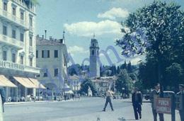 35mm DIAPOSITIVE SLIDE PHOTO 1948 STREET SCENE HOTEL BELLEVUE SUISSE SWITZERLAND SCHWEIZ A21 - Diapositives (slides)