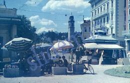 35mm DIAPOSITIVE SLIDE PHOTO 1948 STREET SCENE SUISSE SWITZERLAND SCHWEIZ A22 - Diapositives (slides)