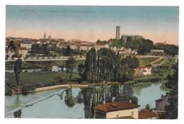 LIMOGES PANORAMA VERS LA CATHEDRALE - TAMPON DOUANES ENTREPOT - CPA MILITAIRE - Regiments