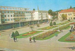 CPA HATEG- SQUARE, BUSS, CAR - Romania