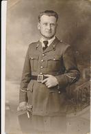 Carte-Photo - Portrait Militaire (sous-officier)  Du 68e Régiment (68 Sur Le Col Et Képi ) (BP) - Spahis Maroc - Guerre, Militaire