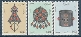 ALGERIE - N°693/5 ** (1978) Bijoux - Algérie (1962-...)