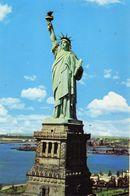 Statue Of Liberty Liberty Island New-York Bay Offerte Par La France (Ossature Gustave Eiffel) Alfred Mainzer Long Islan - Statue De La Liberté