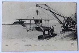 Belle CPA Tunisie Bizerte Mise à L'eau D'un Hydravion Avec Une Grue 1924 - Túnez