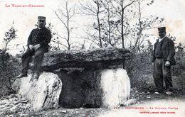 SEPTFONDS: Le Dolmen Finèle-Gardes Chasse,au Repos.,au Verso Cachet Militaire,en 19816,tbon état,éditeur Labouche - Sonstige Gemeinden