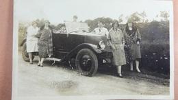 Carte Photo Loverval 1930 Automobile En Gros Plan - Automobiles