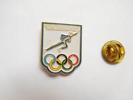 Beau Pin's En Relief , JO , Jeux Olympiques , EMS Chronopost - Jeux Olympiques
