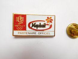 Beau Pin's , JO , Jeux Olympiques  Albertville  92 , Yoplait , Non Signé - Jeux Olympiques