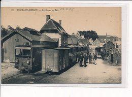 PORT-en-BESSIN : La Gare - Très Bon état - Port-en-Bessin-Huppain
