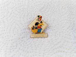 PINS VILLE DE ANTONY  5e FOIRE AUX FROMAGES ET AUX VINS 1991 / 33NAT - Alimentation