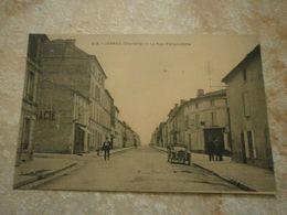 16 Jarnac, La Rue D'Angoulême (9496) - Jarnac