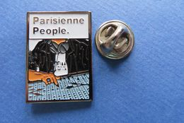 Pin's,PARISIENNE PEOPLE,TABAC,CIGARETTES,DJ MUSIQUE - Marques