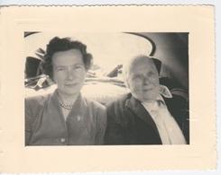 Ancienne Photo De Famille VINTAGE - ANCIENNE AUTO VOITURE INTERIEUR D UNE 203 PEUGEOT  JUIN 1957 LUZ ST SAUVEUR - Automobiles
