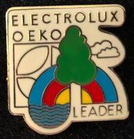 ELECTROLUX OEKO LEADER - EGF - SAPIN - ARBRE - ARC EN CIEL - RAINBOW - REGENBOGEN - ARCOBALENO -   (JAUNE) - Marques