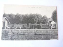 A Vendre Carte Ancienne De Noisiel Le Port . Wagon Au Nom Des Chocolats Menier . PetitCarte N° 30 Non écrite Prix - Noisiel