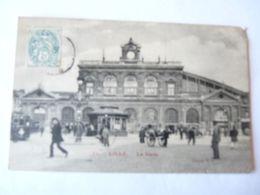 A Vendre Très Belle Carte Ancienne De Lille La Gare. Tramway, Nombreux Personnages..   Petit Prix - Lille