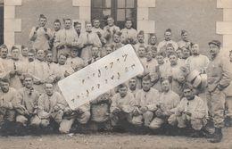 CHATEAUROUX   - Le Soldat Biardeau Et Ses Camarades Du 90 ème De Ligne, 12 ème Compagnie Posant En 1911  ( Carte-photo ) - Chateauroux
