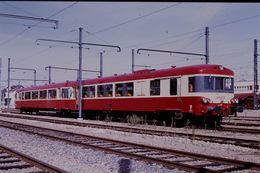 Photo Diapo Diapositive Slide Train Wagon Locomotive Autorail SNCF X 4731 à Moret Le 25/09/92 VOIR ZOOM - Diapositives