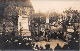 78-LE-MESNIL-SAINT-DENIS- CARTE-PHOTO- INAUGURATION DU MONUMENT AUX MORTS POUR LA PATRIE - Le Mesnil Saint Denis