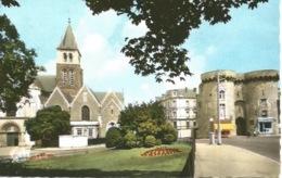 53 - LAVAL - La Cathédrale Et La Porte Beucheresse - Laval