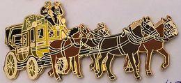 DILIGENCE - 4 CHEVAUX - PFERDE - CAVALLI - HORSES - CABALLOS - UN BRUN CLAIR ET FONCE DEVANT - EGF - (26) - Transportes